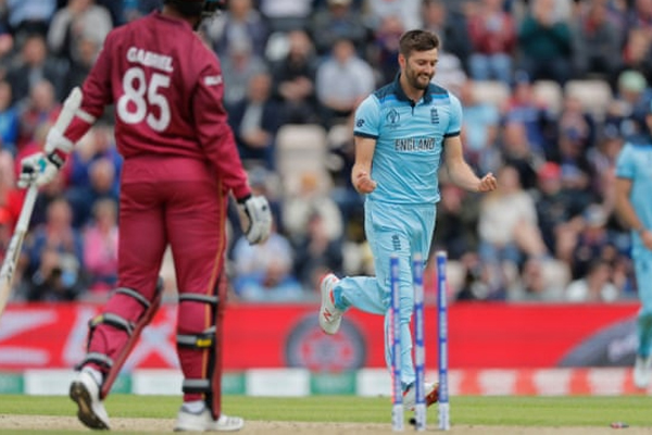 Cricket World Cup 2019 : England chasing 213 to beat West Indies - Cricket News in Hindi