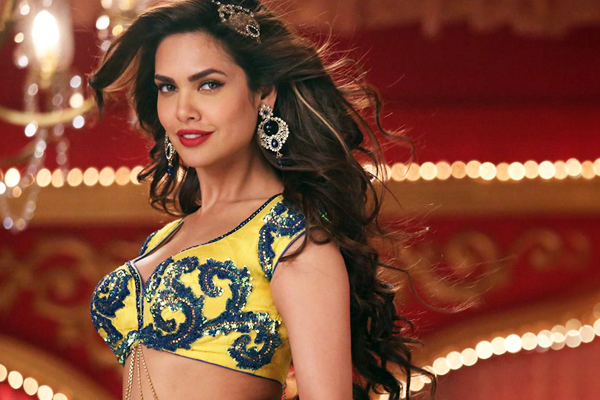 Esha Gupta: It is cool to be kind - Bollywood News in Hindi