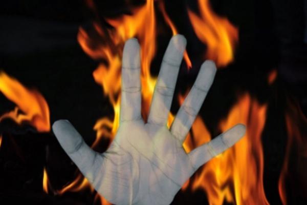 हिमाचल : घर में आग लगने से एक ही परिवार के चार लोग जिंदा जले