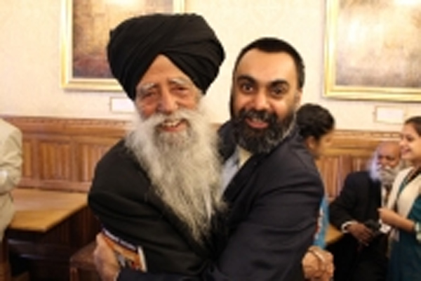 A biopic will be made on veteran marathoner Fauja Singh - Punjab-Chandigarh News in Hindi