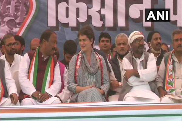 Congress will contest river rights march, fight for the right of Nishad - Priyanka Gandhi - Lucknow News in Hindi
