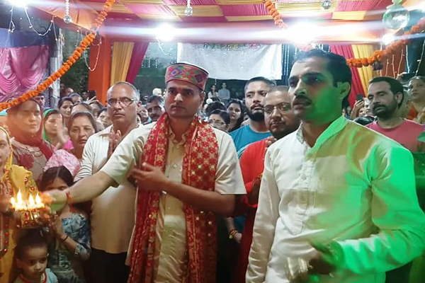Deputy Commissioner took blessings of Ganapati Bappa - Mandi News in Hindi