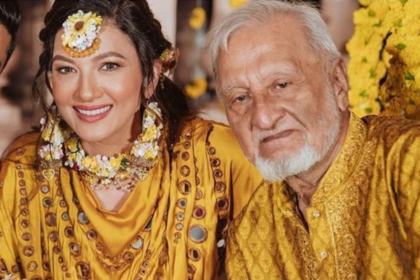 Gauahar Khan remembers dad on one-month anniversary - Television News in Hindi