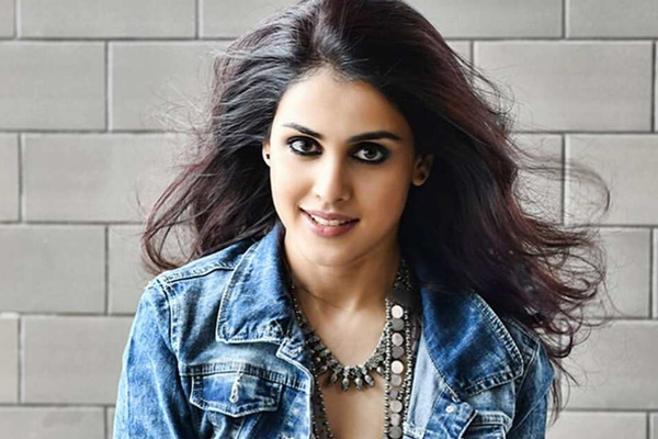 Genelia Deshmukh has a kids day out - Bollywood News in Hindi