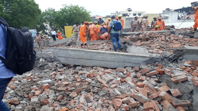 One dead, eight injured as five- storey collapses in Ghaziabad - Delhi News in Hindi