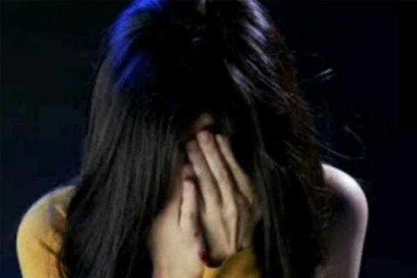 यूपी में 10 वीं कक्षा के छात्र ने की अपनी नाबालिग प्रेमिका की हत्या