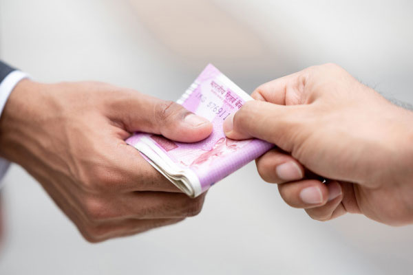 On this day, giving money to someone else results in loss - Jyotish Nidan in Hindi