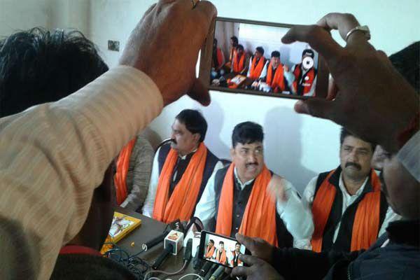 Hindu yuva vahini declered own some candidate in gorakhpur - Gorakhpur News in Hindi