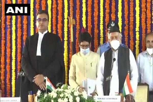 Bhagat Singh Koshyari took oath as Governor of Goa, see photos - Panaji News in Hindi