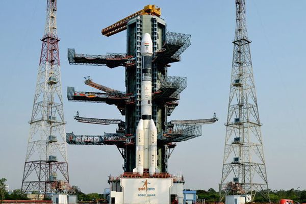 Isro all set to launch GSAT 9 today, India Gift to SAARC countries - Hyderabad News in Hindi