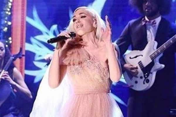 Gwen Stefani talks about her iconic nineties - Hollywood News in Hindi