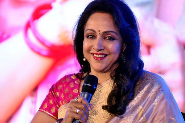 Hema Malini: Life in Bengal will improve if BJP comes to power - Bollywood News in Hindi