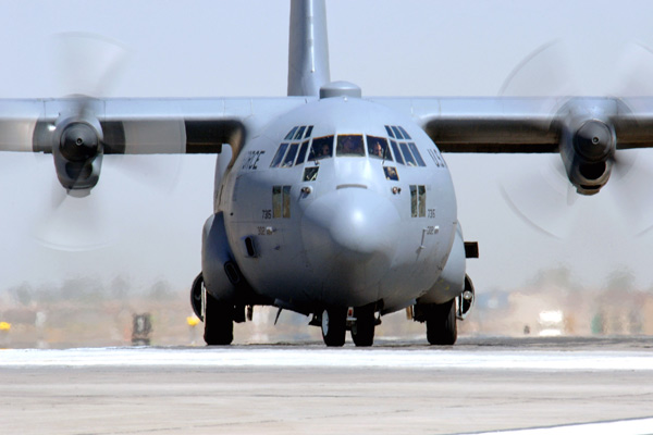 Super Hercules Transport Aircraft Land On Agra lucknow expressway, 15 Indian Air Force Fighter Jets to land also - Agra News in Hindi