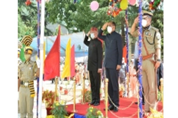 Himachal Chief Minister pays tribute to soldiers - Kullu News in Hindi