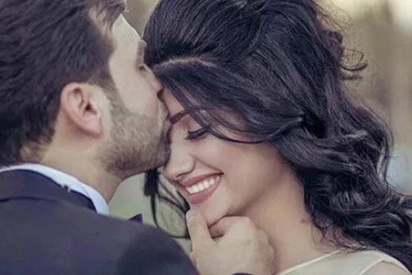 Always keep in love with your spouse, if you want it, keep these things in meditation - Relationship