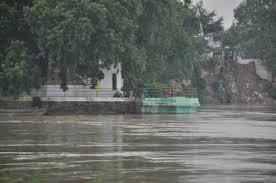 उत्तरप्रदेश में एक महिला ने अपने 5 बच्चों को गंगा नदी में फेंका, यहां जानें क्या है मामला