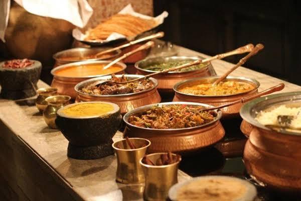 OMG: Here we get food instead of waste - Weird Stories in Hindi