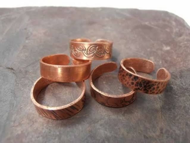 Vastu Shastra: Copper ring worn in the finger of this hand, will become all spoiled work - Jyotish Nidan in Hindi