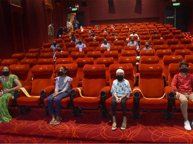 Cinema halls can be filled up to 100 percent in Tamil Nadu - Chennai News in Hindi