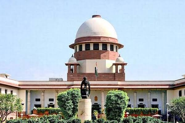 Skin-to-skin harassment: Supreme Court approves Women Commission petition - Delhi News in Hindi