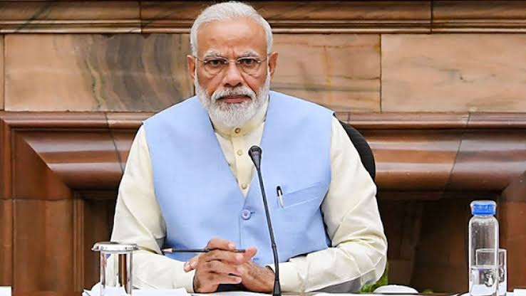 PM Modi talks to Chief Ministers of four states including UP on Kovid Management - Delhi News in Hindi