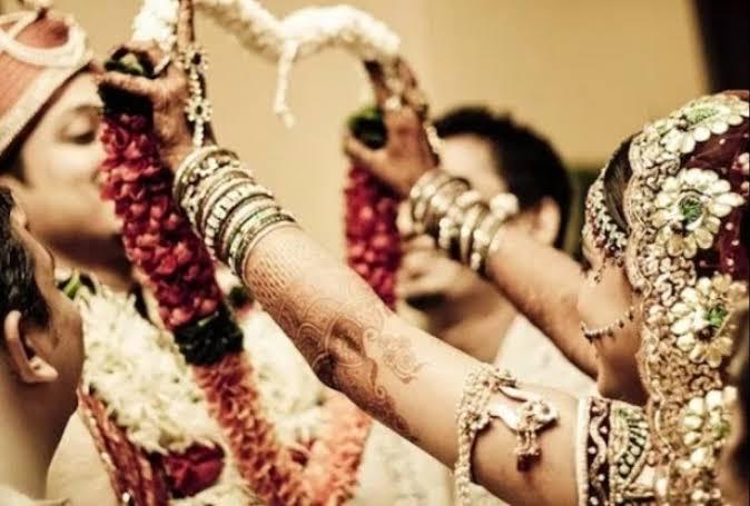 ये क्या! इस देश में शादी करने के बाद तीन दिनों तक नहीं जा सकते हैं टॉयलेट!