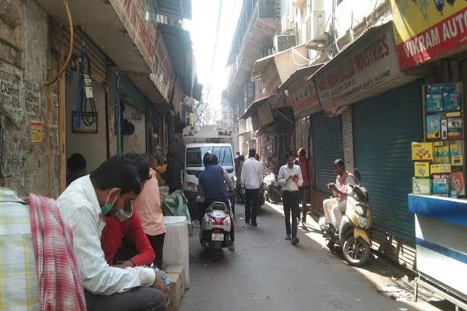New Delhi: Restaurants open in Unlocked, owners want to start serving liquor in restaurants soon - Delhi News in Hindi