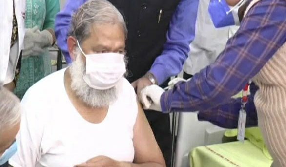 The doctors told me about the efficiency of Covaxin: Anil Vij - Chandigarh News in Hindi