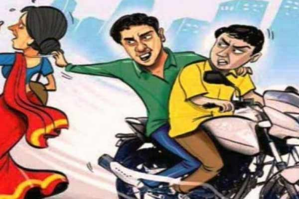 In Jaipur, bike-riding miscreants put gold chain around the neck of the old lady - Jaipur News in Hindi