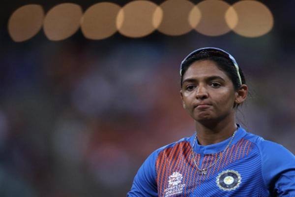 India women cricketers need a players body: Guha - Cricket News in Hindi