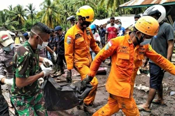 Indonesia death toll rises to 138 - World News in Hindi