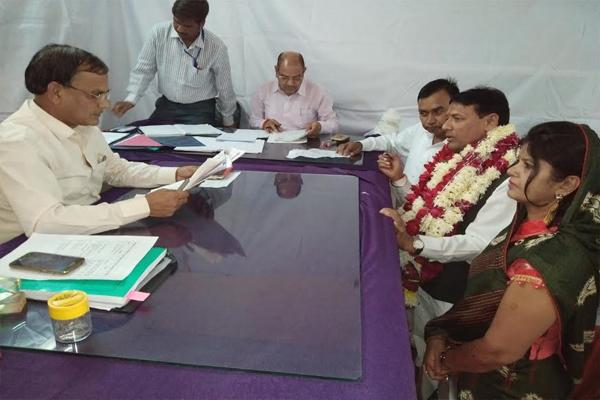 Congress leader Pramod Jain Bhai filed nomination - Baran News in Hindi