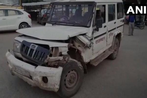 Rajasthan: पुलिस और बजरी माफिया की मुठभेड, 2 बजरी माफिया की मौत, 2 पुलिसकर्मी घायल