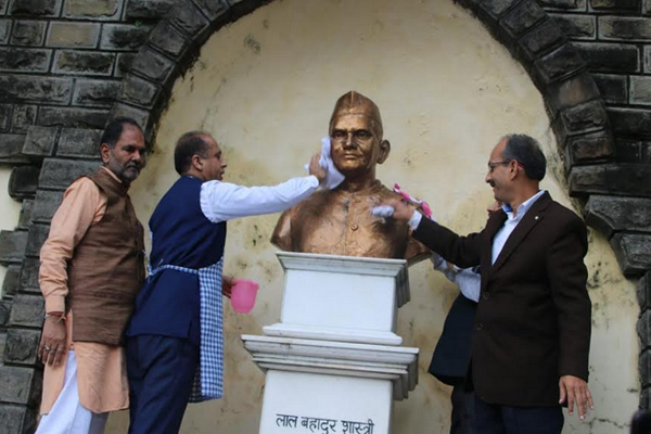 Cleanliness campaign on the occasion of the birth anniversary of Pandit Deendayal Upadhyay - Shimla News in Hindi