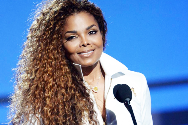 Janet Jackson recalls fun of growing up with exotic animals - Hollywood News in Hindi