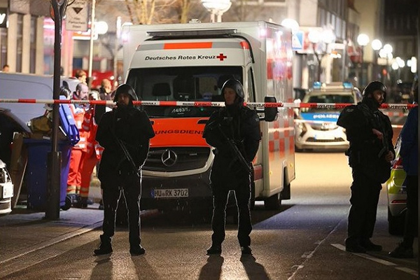 Germany: 11 people killed in shootout, dead body of suspect found - World News in Hindi