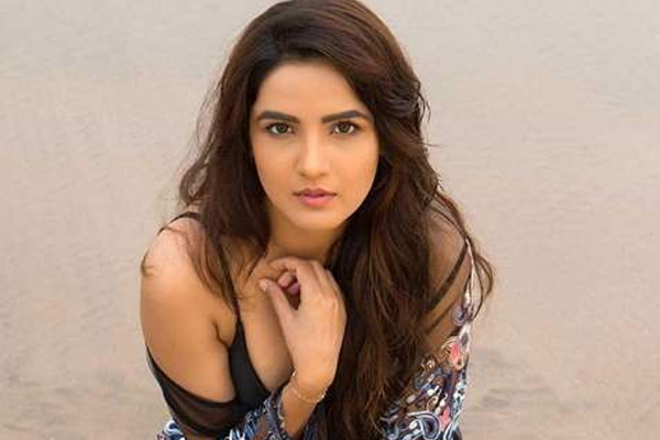 Jasmin Bhasin: If I start worrying about fame I will lose myself - Television News in Hindi