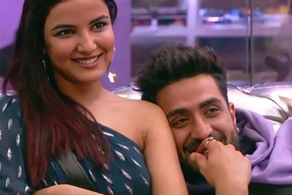 Bigg Boss 14 housemates Jasmin Bhasin and Aly Goni, who are a couple in real life too, will soon be seen in a music video titled Tera Suit - Television News in Hindi