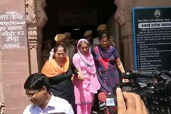 Bhandari is alive now ... Indra surprised everyone by saying - Jodhpur News in Hindi
