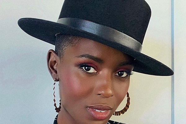 Jodie Turner-Smith, Joshua Jackson are like mirrors for each other - Hollywood News in Hindi