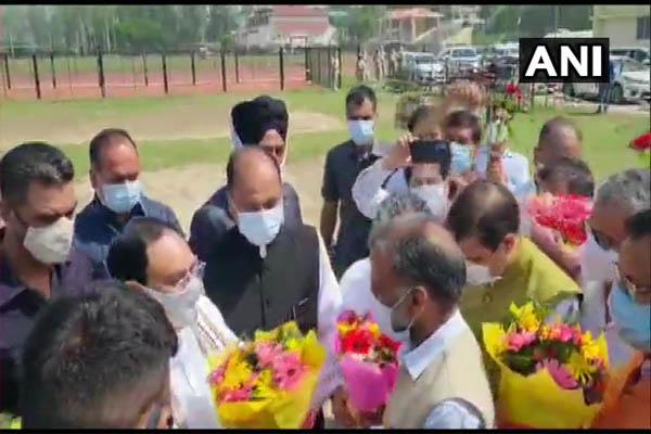 BJP National President JP Nadda reached Bilaspur, met the workers - Shimla News in Hindi