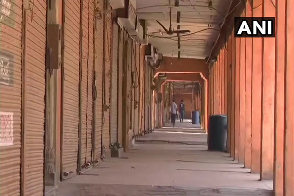वीकेंड कर्फ्यू के दौरान देखें जयपुर की तस्वीरें