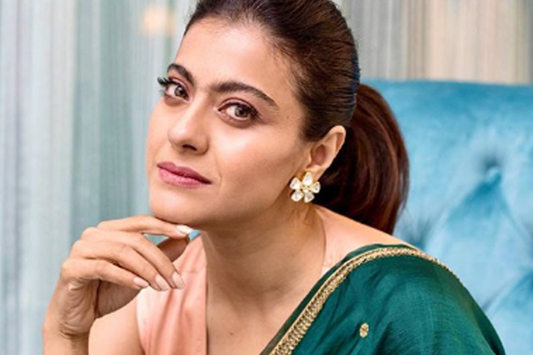 Kajol is keen to fly in a plane - Bollywood News in Hindi
