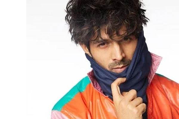 Kartik Aaryan reminds mask hai zaroori - Bollywood News in Hindi