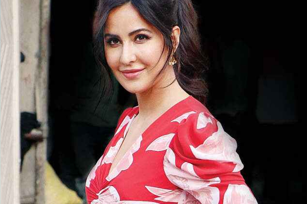 Katrina reveals what keeps her busy all day every day - Bollywood News in Hindi