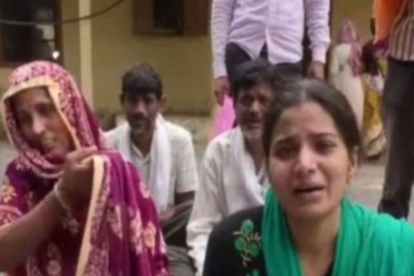 Kanpur: Police caught in controversies asking to give ransom money to kidnappers - Kanpur News in Hindi