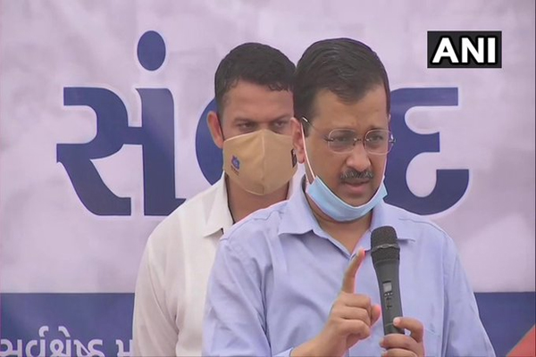 Reminding her grandmother inside the house but not allowing any wrongdoing to happen - Arvind Kejriwal - Surat News in Hindi