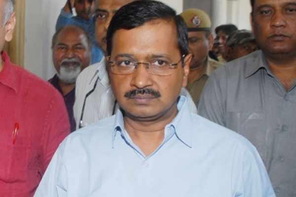 Kejriwal reviews Kovid situation in Delhi - Delhi News in Hindi