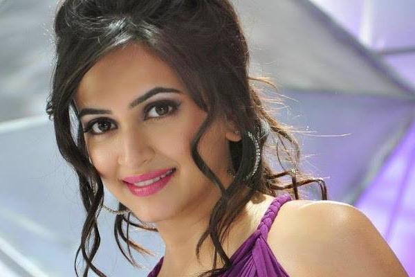 Kriti Kharbanda: 2020 taught me to love harder and stay strong - Bollywood News in Hindi