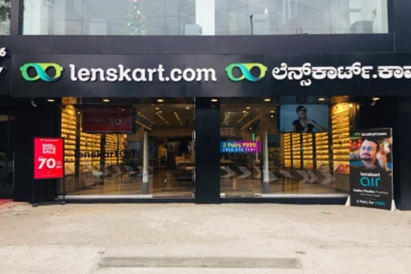 Lenskart to hire over 2,000 employees in India by 2022 - Career News in Hindi